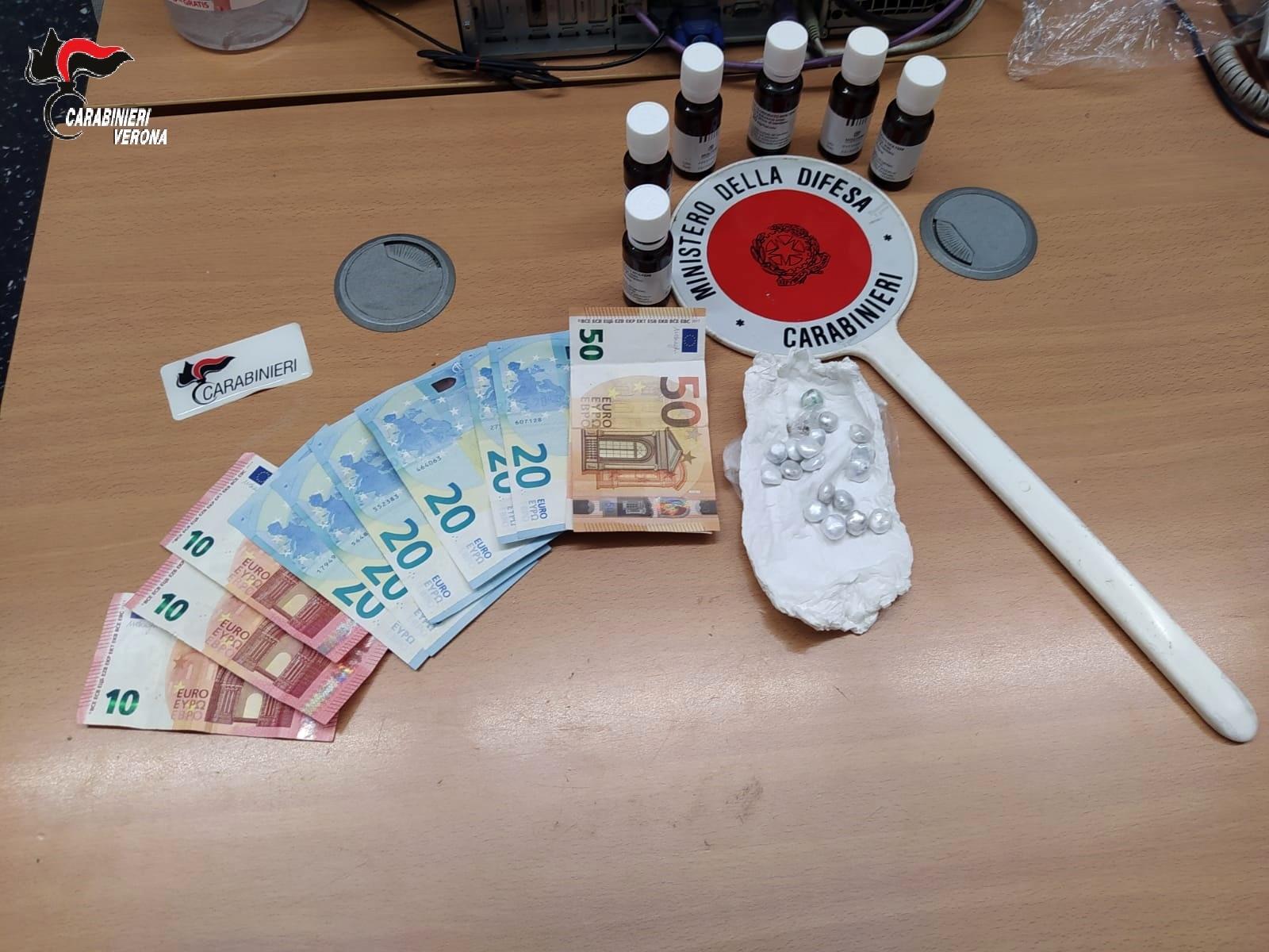 soldi e droga carabinieri verona-2