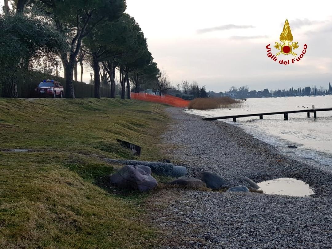 lungolago-bardolino-carabinieri-2