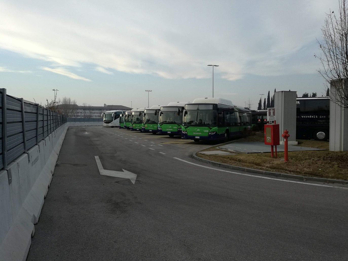 bus-linea-parcheggio-2