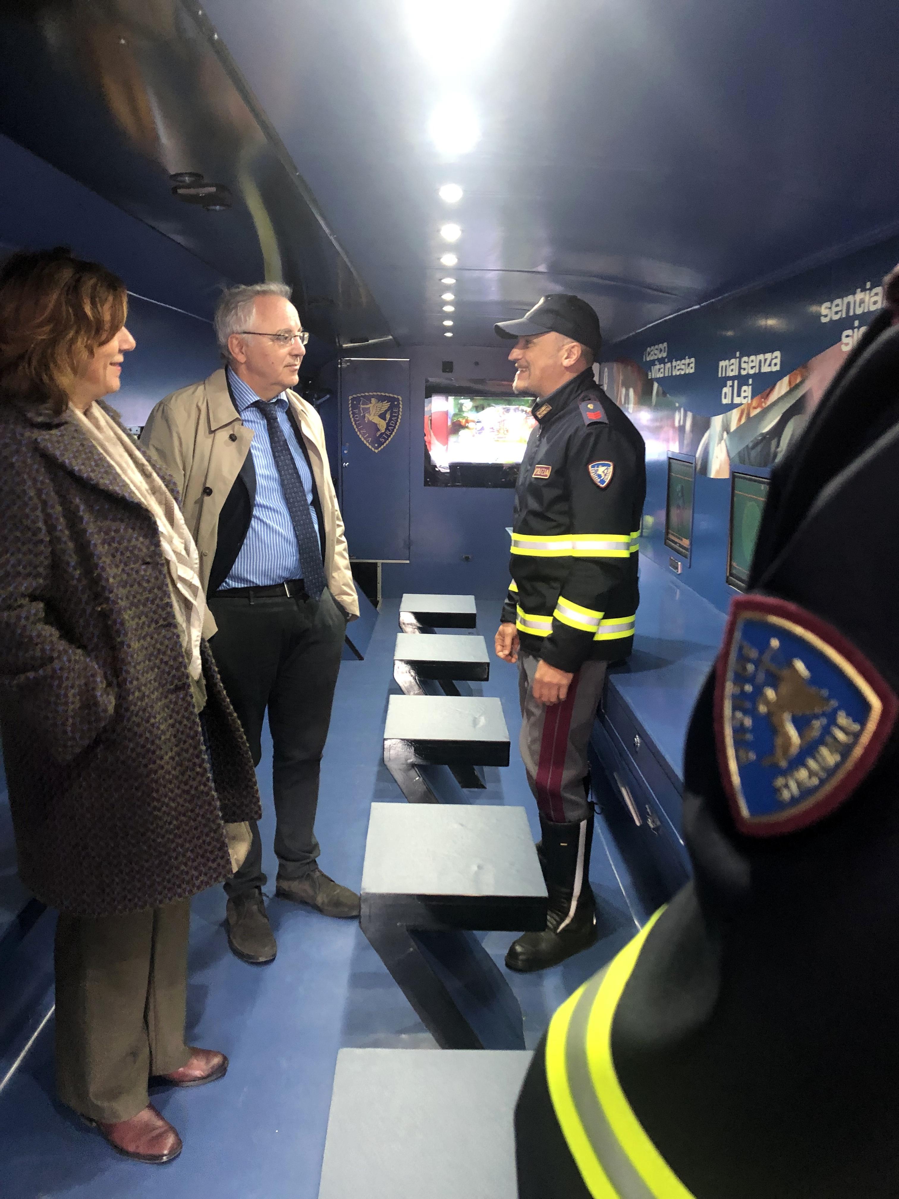 16.04.2019 - Pullman Azzurro della Polizia di Stato2-2