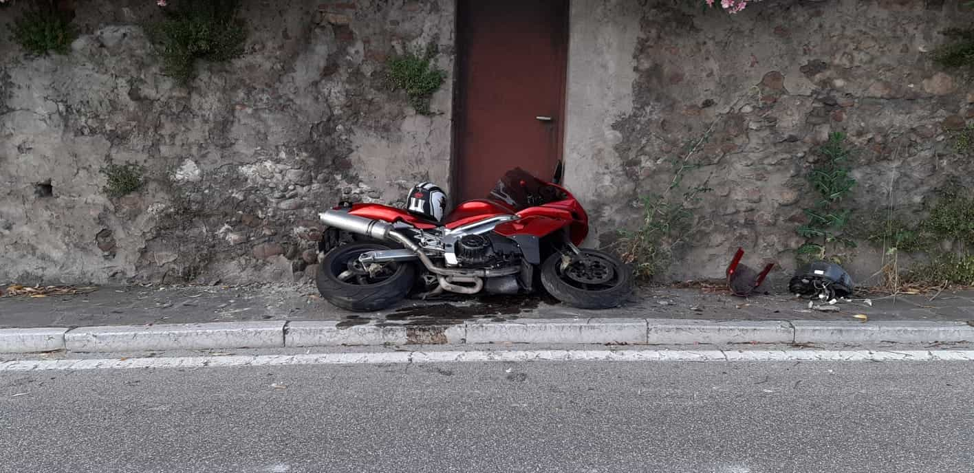 incidente-moto-inseguimento-guardia-finanza-verona-5