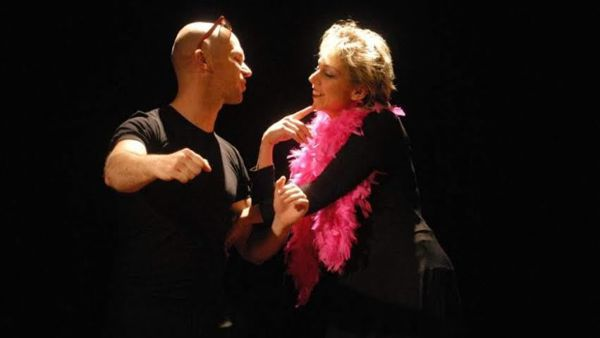 """""""A Come Love"""", uno spettacolo teatrale della compagnia Il Nodo Teatro all'Osteria Mattarana"""