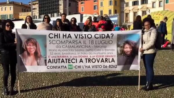 (Fermo immagine video Facebook)