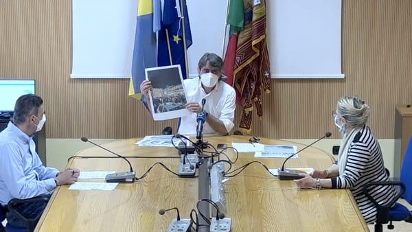 Movida, ordinanza di Sboarina: «Sono incazzato. Piazza Erbe ridotta a latrina, divieto consumo alcolici all'aperto»