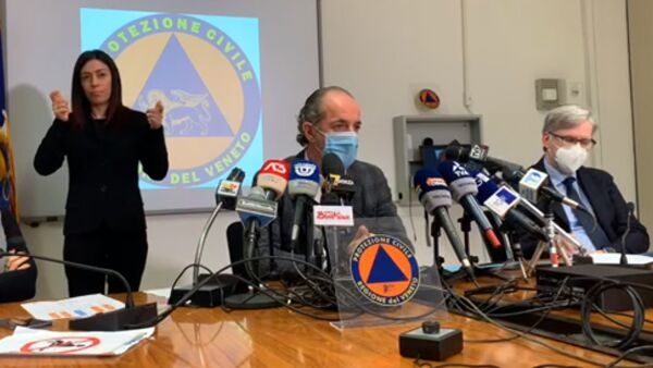 Covid, Zaia appello agli infermieri: «Serve aiuto per le case di riposo»