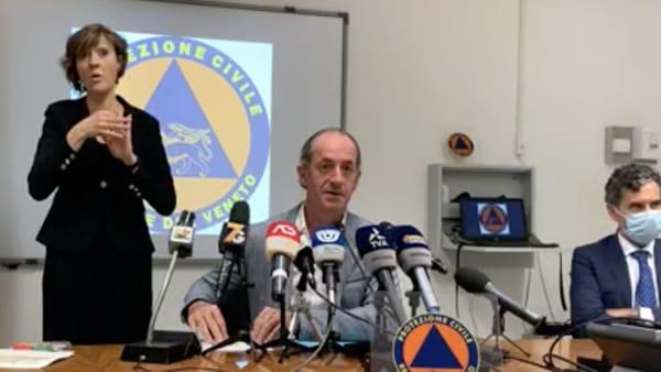 Zaia getta acqua sul focolaio: «Curva contagi in Veneto non è ripresa. Ordinanza non sarà più restrittiva»