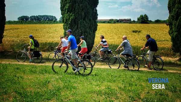 """A Pressana la biciclettata serale """"Prosciuttibike 2019"""""""