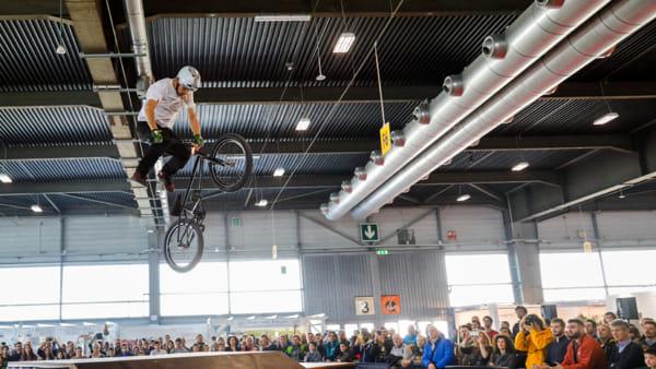 """Il più grande evento ciclistico italiano a Veronafiere: """"CosmoBike Show"""" 2020"""