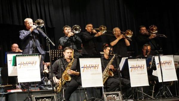 """La Jazzset Orchestra alCircolo 1° Maggio per il concerto """"Aspettando il Natale 2019"""""""