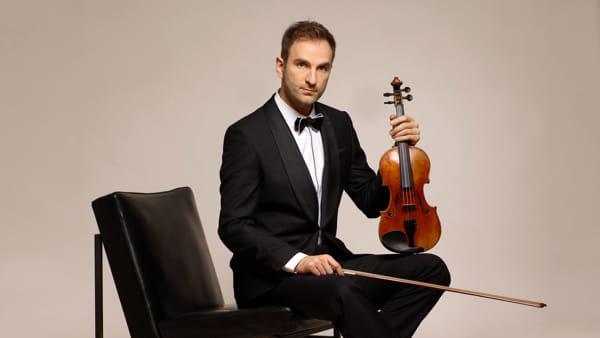 Il violinista Stefan Milenkovich al Teatro Ristori per la rassegna Concertistica