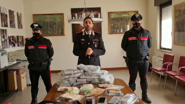 Maxi sequestro sul Garda: 23 chili di cocaina e 73 mila euro. Due fratelli in manette