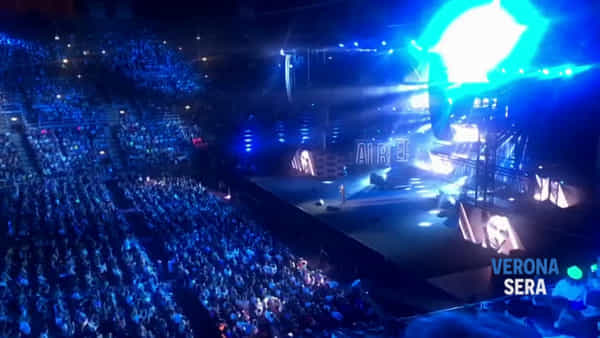 Seat Music Awards. Rap e pop conquistano l'Arena già la prima sera