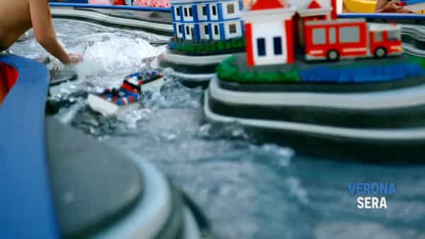 Una scolaresca visita in anteprima il LegolandWater Park Gardaland