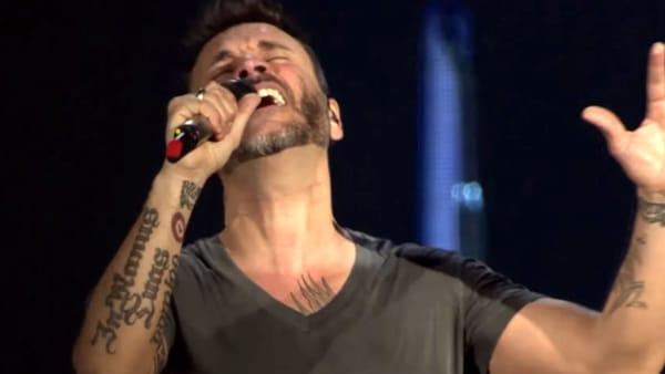 Nek in concerto all'Arena di Verona