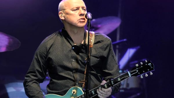 "Il ""Down The Road Wherever"" tour di Mark Knopfler fa tappa in Arena a Verona"