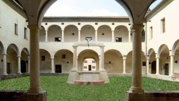 """All'Ex Convento di S. Maria delle Grazie la presentazione del libro """"Con gli occhi rivolti al Cielo"""""""