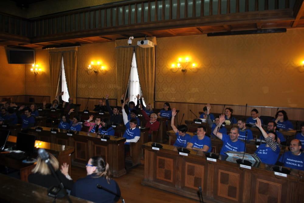 votazione consiglio comunale autismo