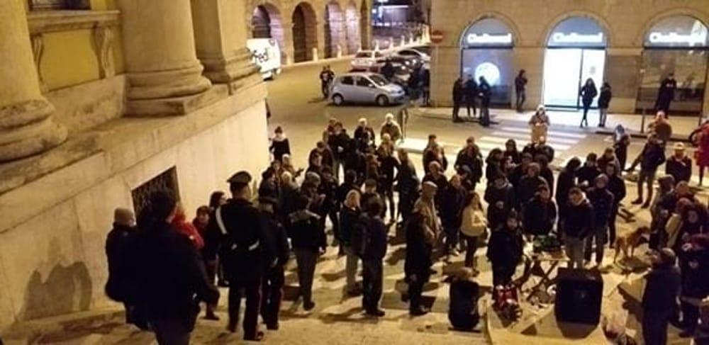 protesta consiglio comunale verona caso balotelli 15 novembre 2019 1