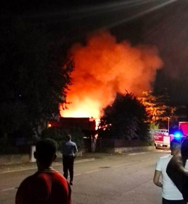 incendio bussolengo1