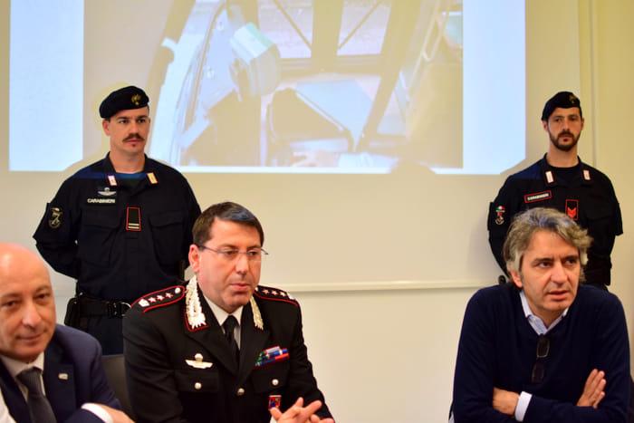 Bettarello Bramato Sboarina allarme bomba bus 33 copia